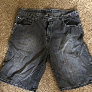 Mess South Pole black jean shorts size 40.